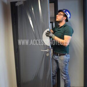housse de porte facile à installer étanche et anti rayures