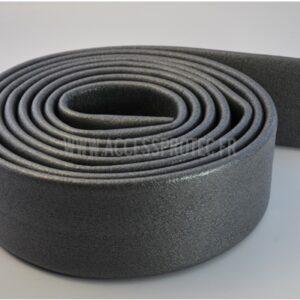 Rouleau de protection pour rampes en mousse extensible et réutilisable